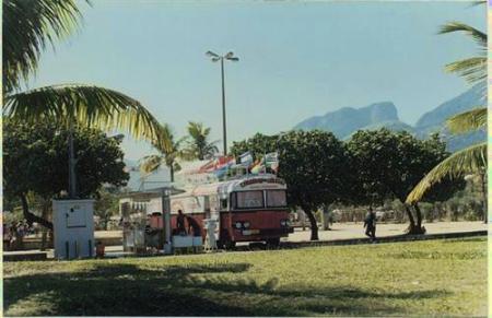 Quem não foi à Praça do Ó nos anos 80 e 90 para comer o delicioso (embora caro, mas delicioso) Churros do Uruguaio ?