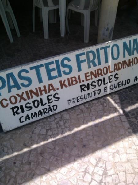 """""""Pastéis frito"""" e """"kibi"""""""